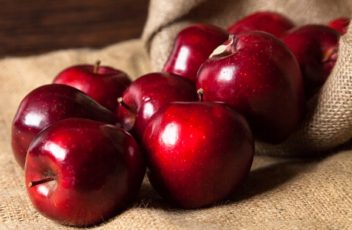 local-red-apples